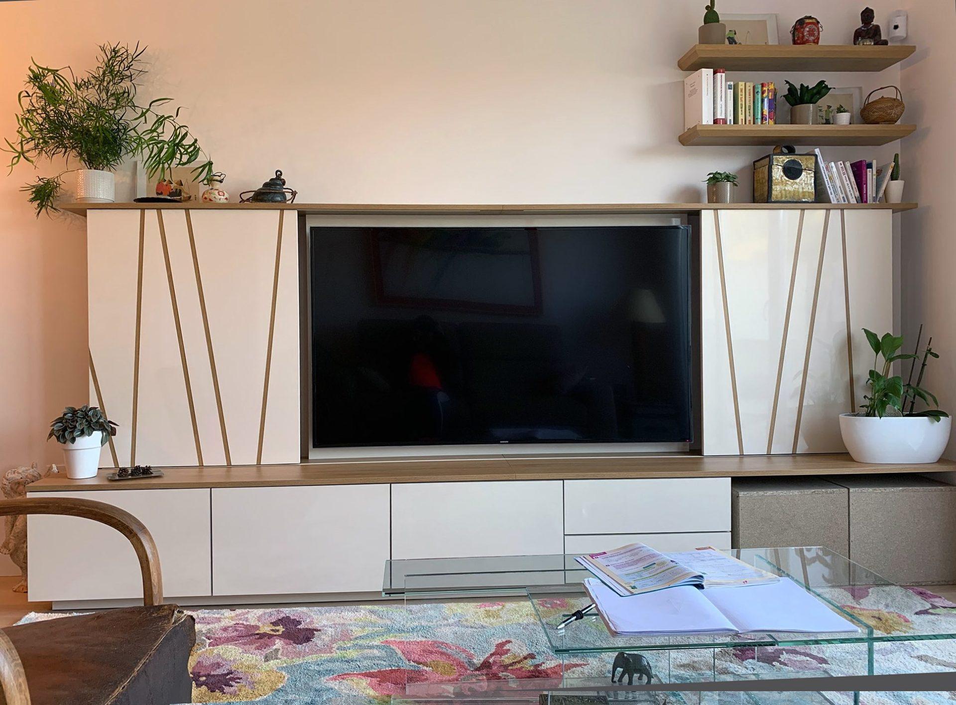 Mme C - Meuble TV sur mesure - Martigues - Après